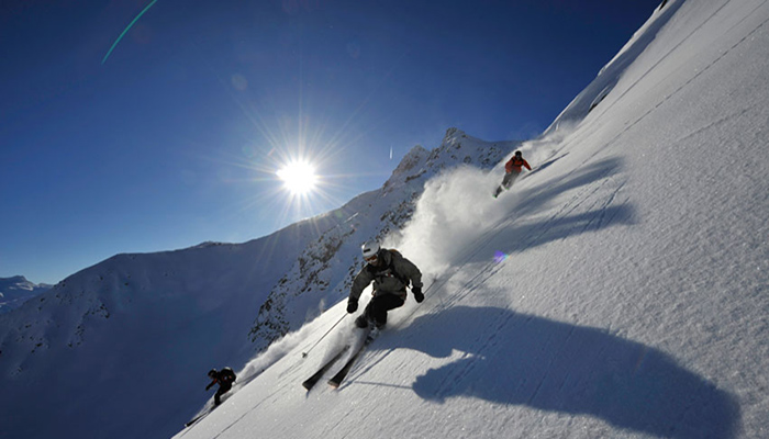 Skiing in Andermatt